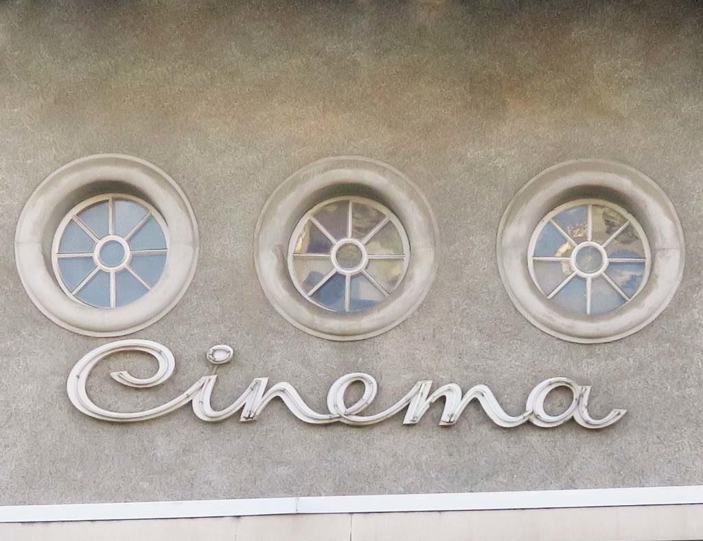 Kino Apollo in Lyss an der Bielstrasse